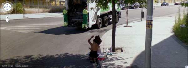 grandoman-prostitutes_on_google_street_view_08