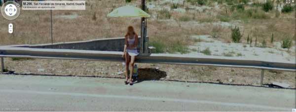 grandoman-prostitutes_on_google_street_view_15