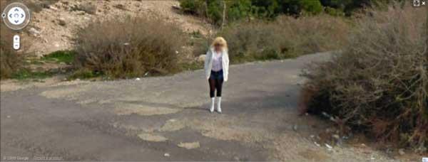 grandoman-prostitutes_on_google_street_view_18