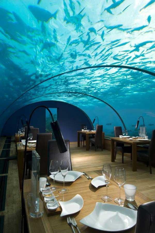 grandoman-under-sea-crazy-restaurant2