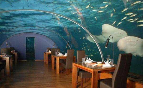grandoman-under-sea-crazy-restaurant3