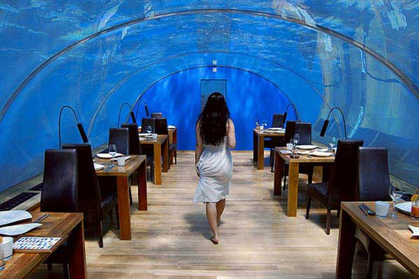 grandoman-under-sea-crazy-restaurant4