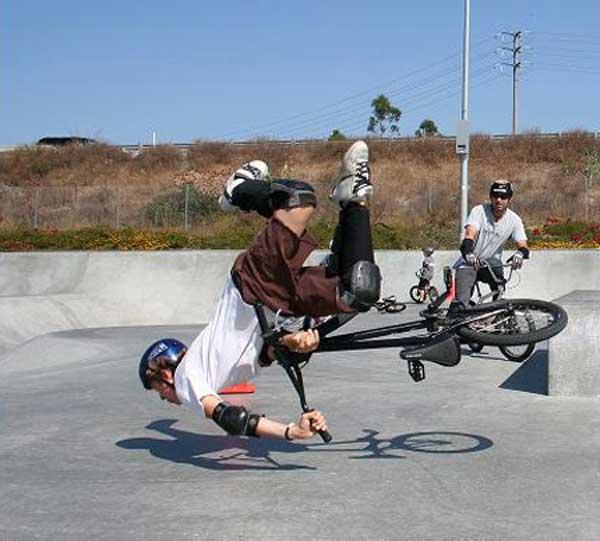 grandoman_bikestack