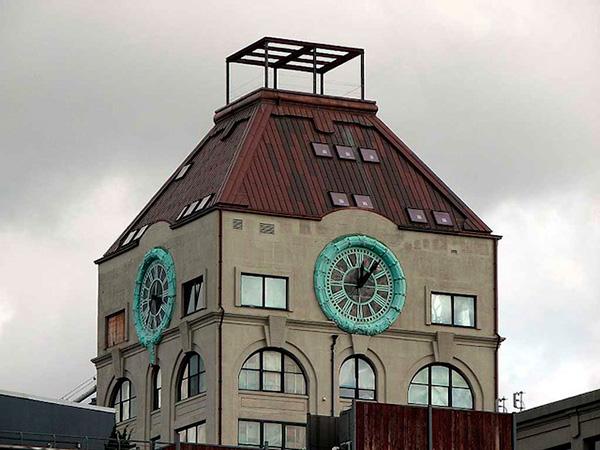Часовниковата кула (4)