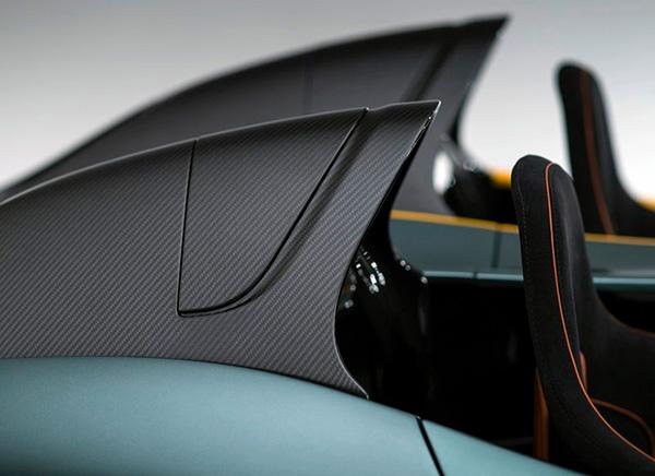 Aston Martin CC100 Speedster Concept (10)