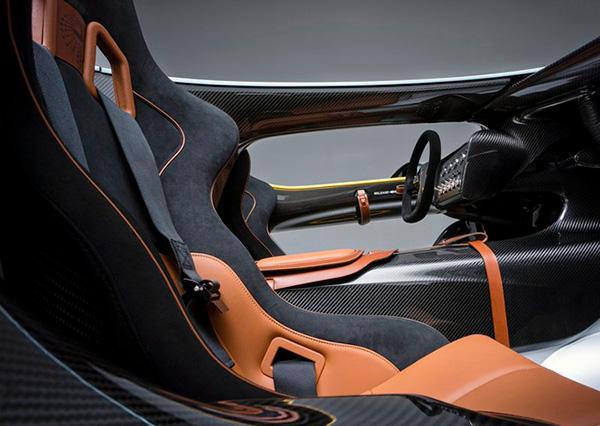 Aston Martin CC100 Speedster Concept (8)