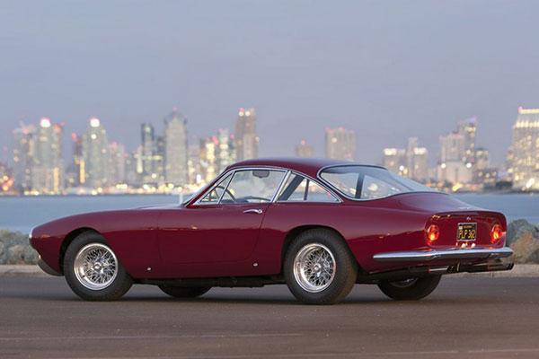 Ferrari Lusso (2)
