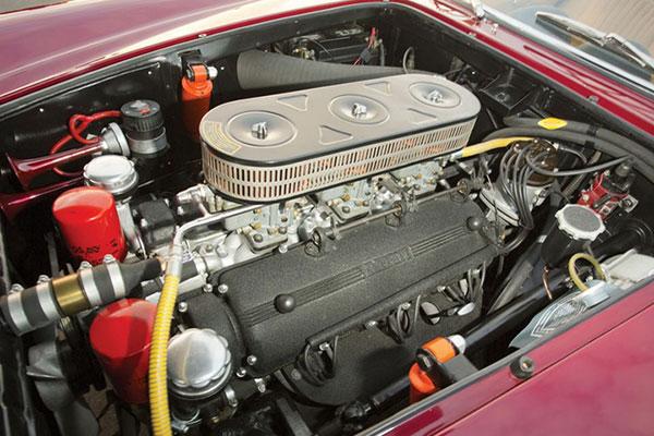 Ferrari Lusso (7)