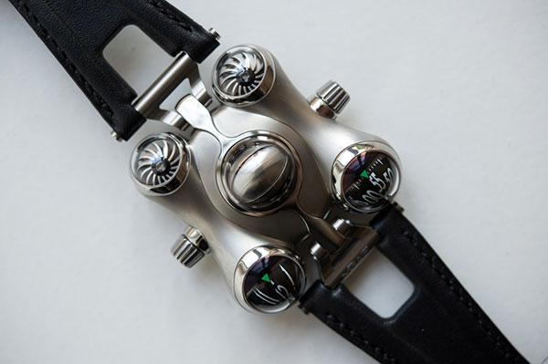Часовникът (2)