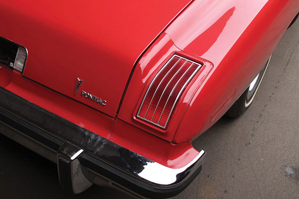 1975 Pontiac Le Mans (6)
