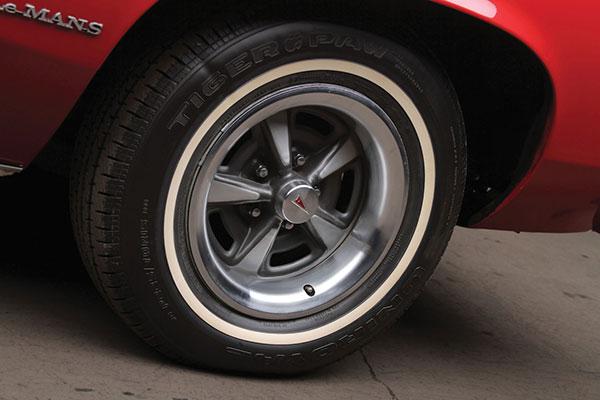 1975 Pontiac Le Mans (5)