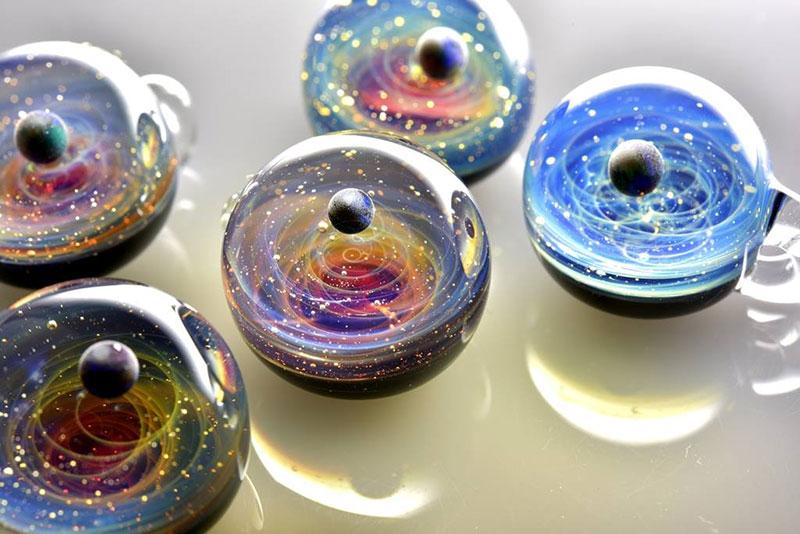 Вселена в стъкло (2)