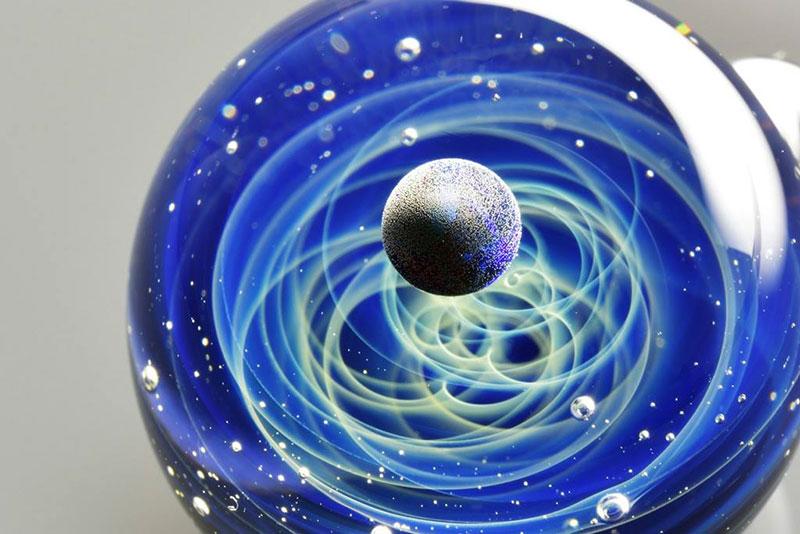 Вселена в стъкло (4)